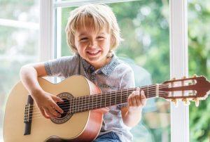 motivation-des-enfants-pour-des-cours-de-guitare